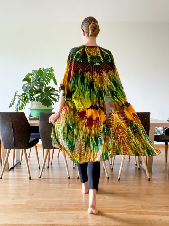 Simone Irani – Sina, Short Kimono_ Yellow Green Feather 1